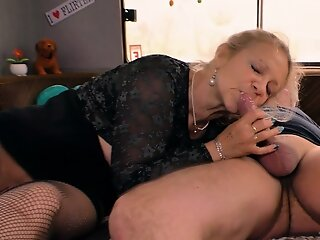 german matured mommy with..
