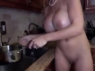 Hot mom caught on camera naked