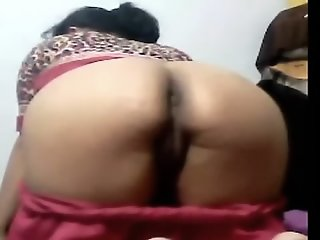 Saleena Aunty Showing Her..